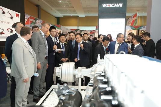 China and Belarus Exhibition of Goods and Services Kicks off