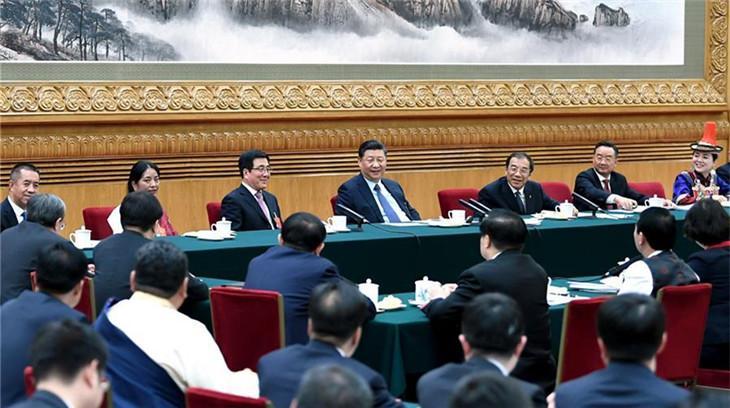 (Deux Sessions) Le président chinois met l'accent sur la persévérance dans la lutte contre la pauvreté