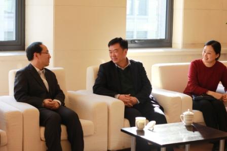 外交部翻译司孙宁处长为我部青年作英语学习和