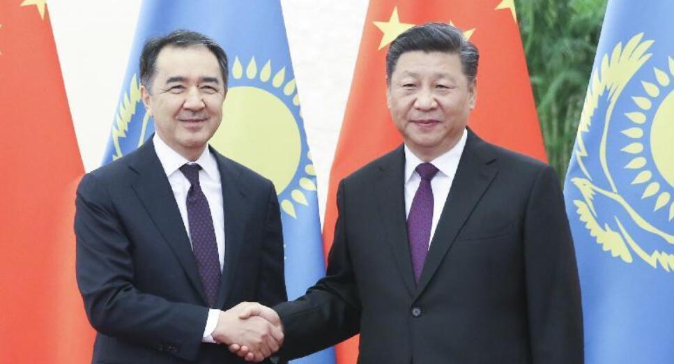 Си Цзиньпин встретился с премьер-министром Казахстана
