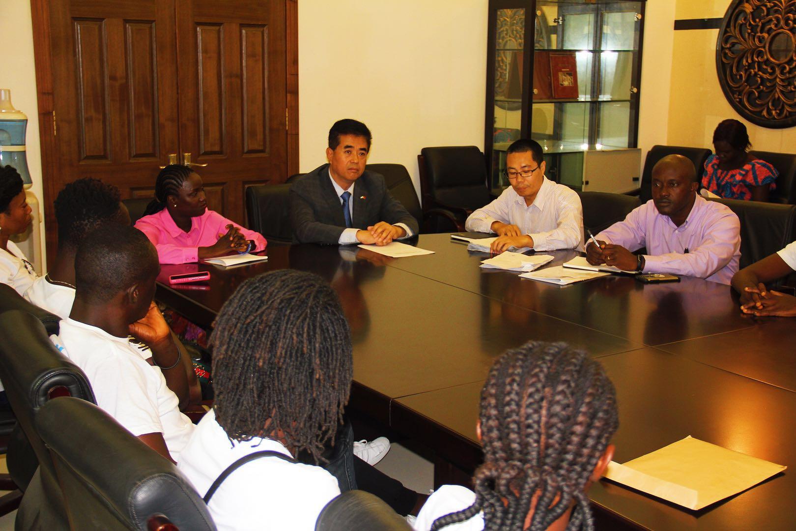 塞拉利昂32名运动员即将赴华参加我沙滩排球培训项目
