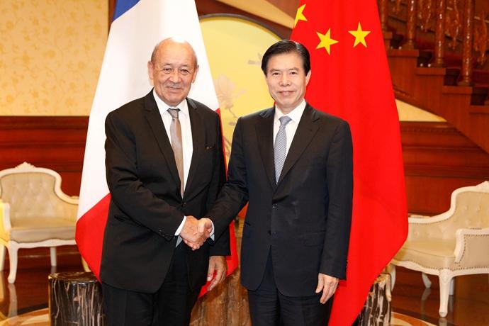 中法经贸混委会第25次会议在京举行